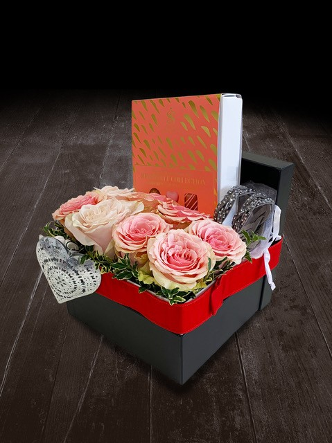 Heartfelt Collection Gift Box